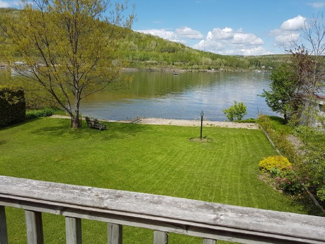 234 lakeside dr, North Bay Ontario, Canada Located on Trout Lake
